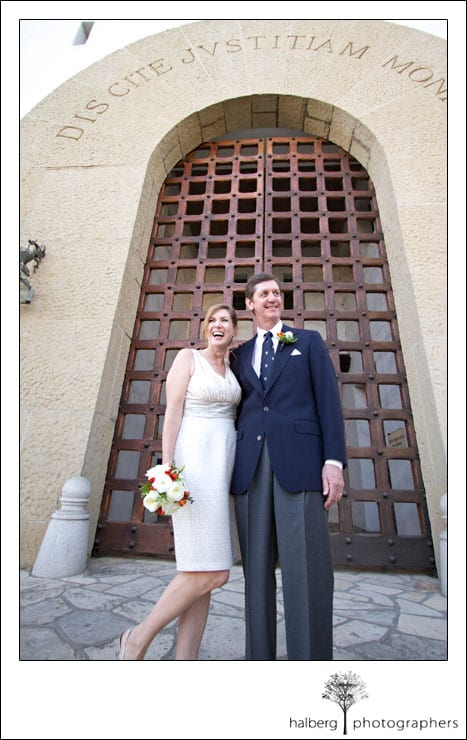 santa barbara elopement couple at the courthouse