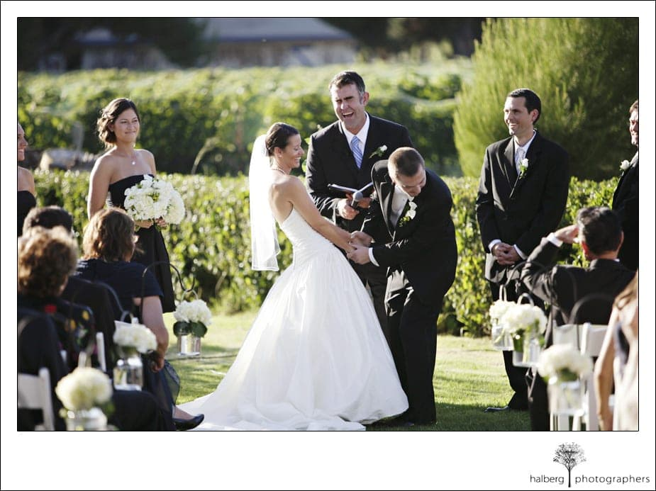 groom laughing durring shoestring winery wedding
