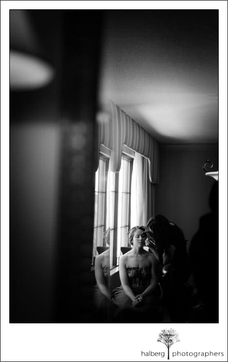 bride getting ready for her destination florida wedding