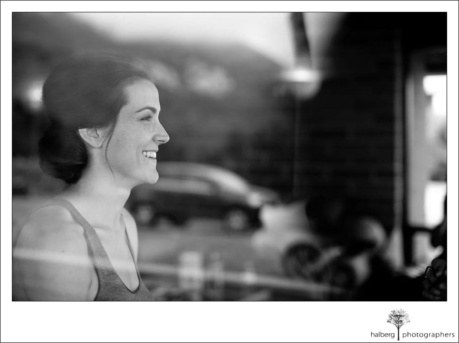 bride getting ready for her heartstone ranch wedding