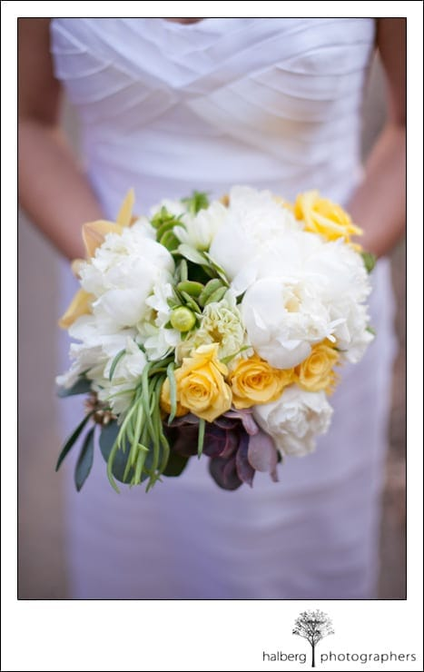 La cumbre country club wedding yellow and white bridal bouquet