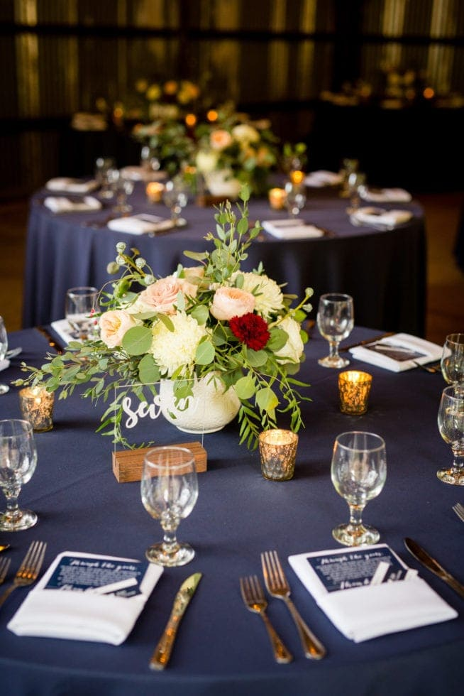 wedding reception table decor at mountain shadows retreat in foresthill, ca