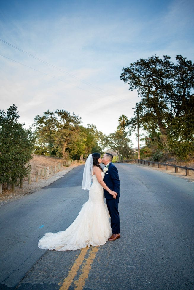 outdoor wedding photographer in napa